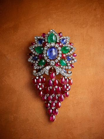 Brooch with rubies, sapphires, emeralds and diamonds, 1964. Private collection.