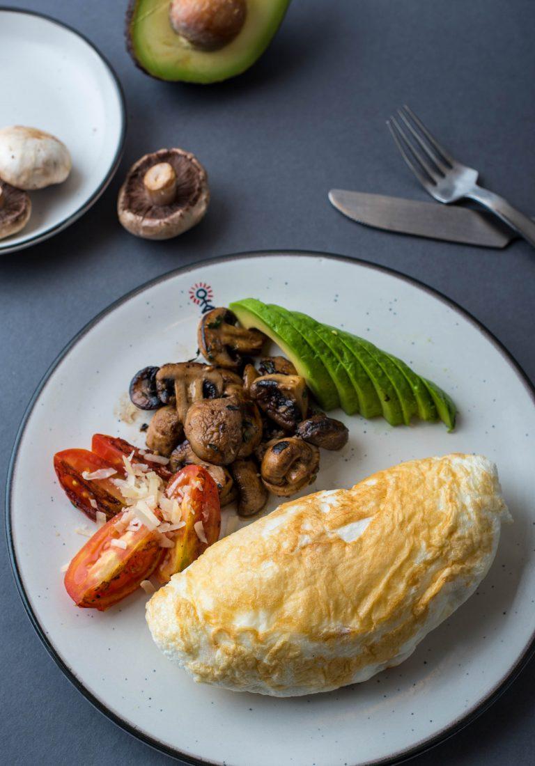 Keto power breakfast at Smoke House Deli