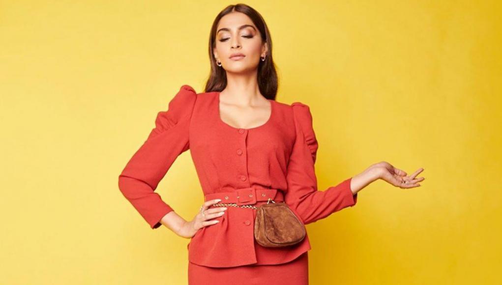 Sonam Kapoor wearing Ulyana Sergeenko bag / Instagram