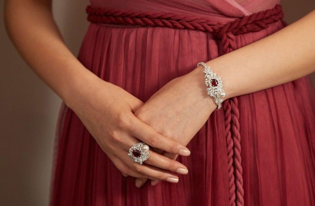Tie & Dior. Source: Instagram - Dior
