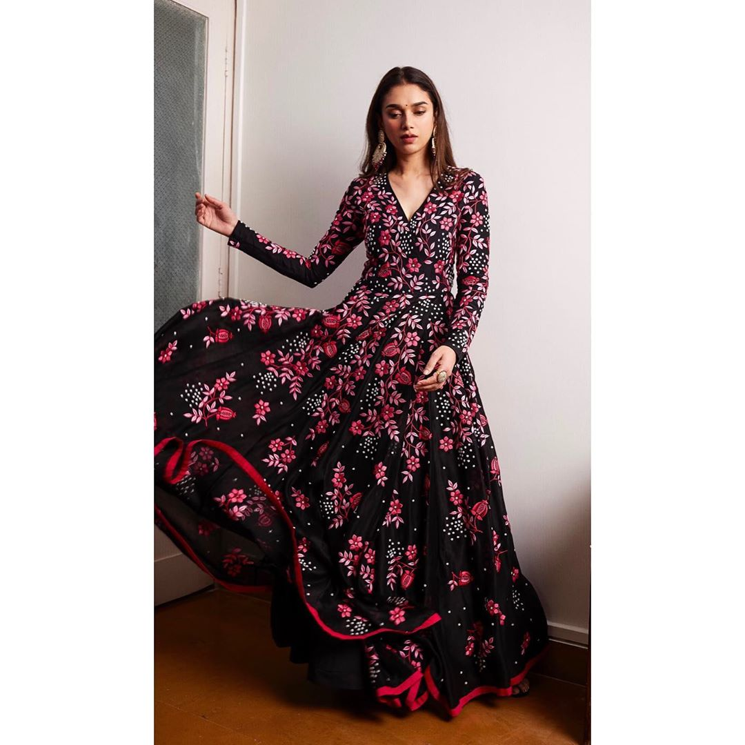 Birthday diva Aditi Rao Hydari is a vision to behold in these ethnic  ensembles - Luxebook