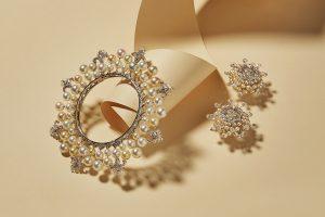 Sajjante diamond bangle and earrings