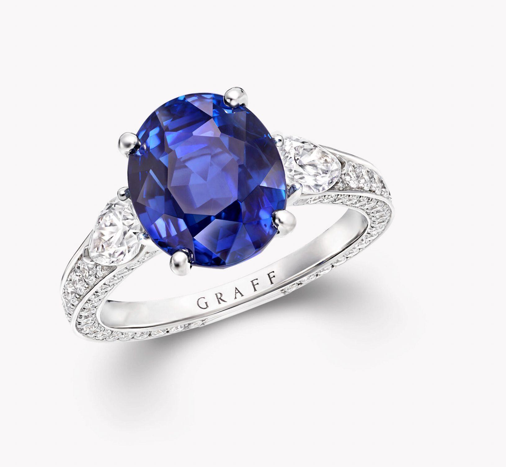 Oval Sapphire Jewellery Ring, Graff
