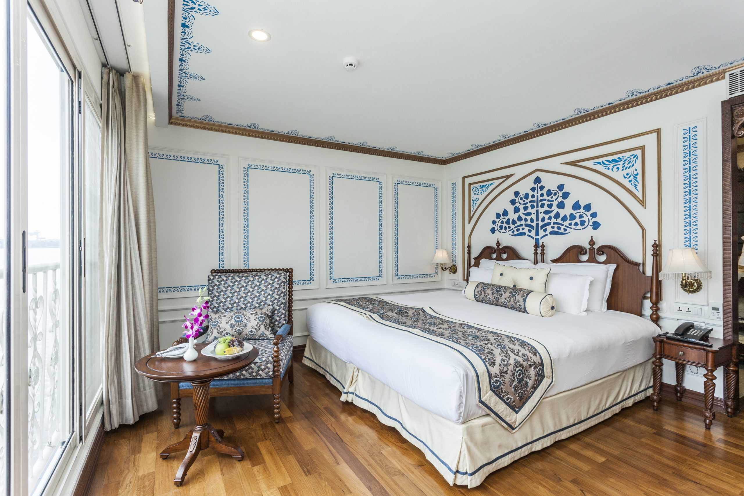 The signature suite on Ganges Voyager-II