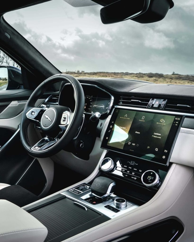 Interiors of the Jaguar F-PAce SUV