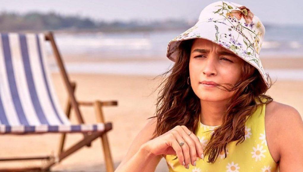 Alia Bhatt by the beach