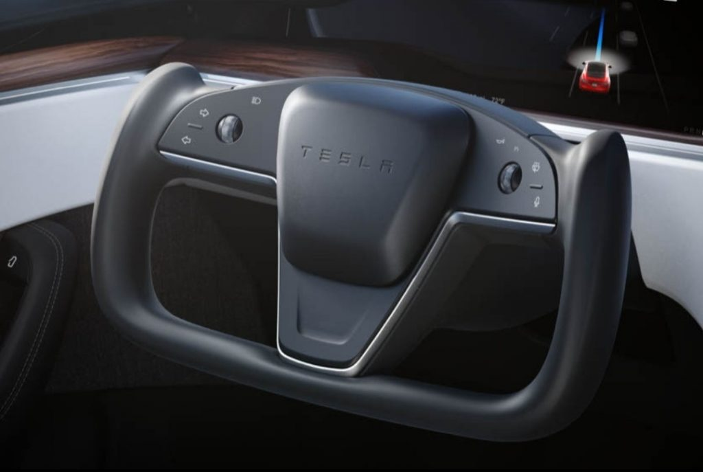 Tesla U shaped steering wheel