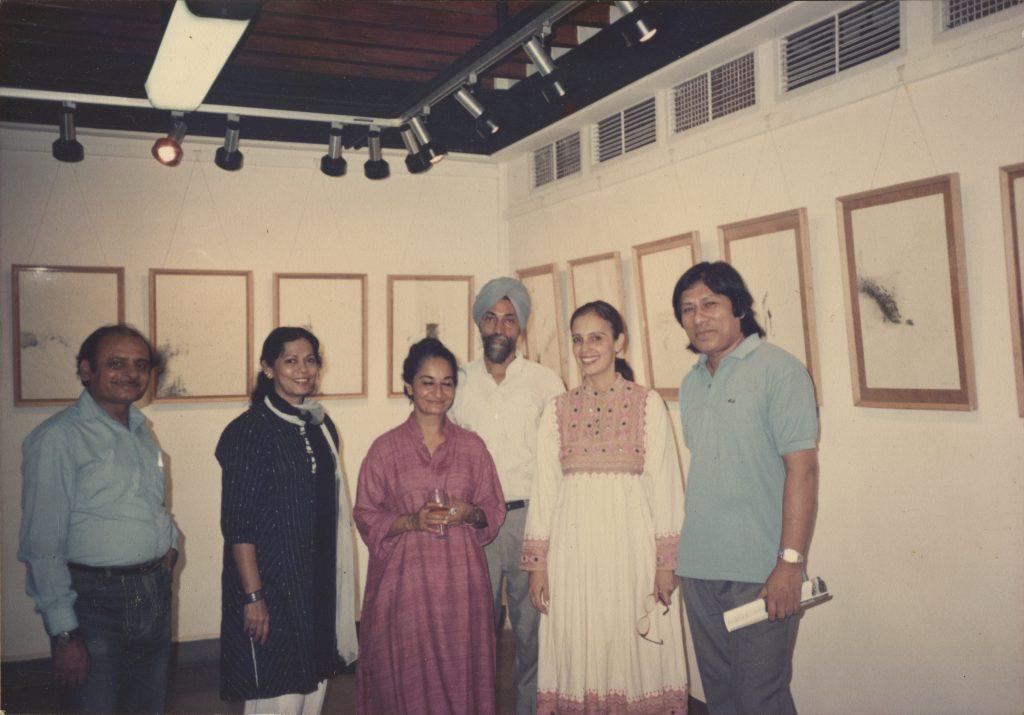 L to R Manmohan Saral, Sunita Shreshtha, Latika Katt, Balbir Katt, Pheroza Godrej, Laxman Shreshtha at the exhibition by Balbir Singh Katt and Latika Katt at Cymroza Art Gallery, 1983 (1)